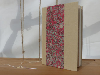 Beige cloth bound sketchbook, paper 90gsm