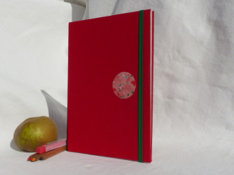 Sketchbook, wide choice of techniques, green leather spine, red cloth, paper 180gsm